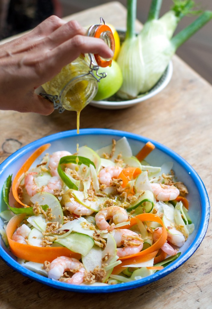 shaved fennel prawn parmesan salad v min