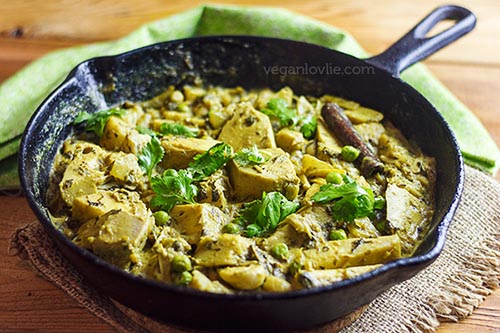 Kalia curry with jackfruit -vegan recipe