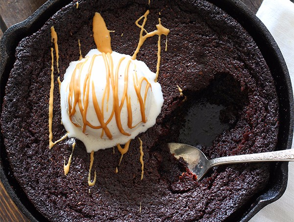 Low-carb skillet brownie