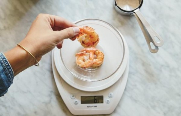 weighing-food
