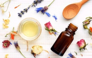 essential-oils-1 (2)