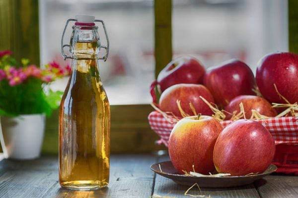 apple-cider-vinegar-benefits-1 (1)