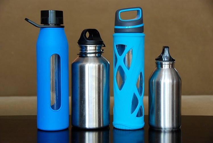Best Water Bottles 2020.Top 10 Best Stainless Steel Water Bottles Reviewed In 2020