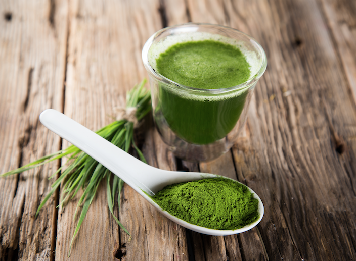 5 Health-Boosting Wheatgrass Benefits (You Have to Try #3)