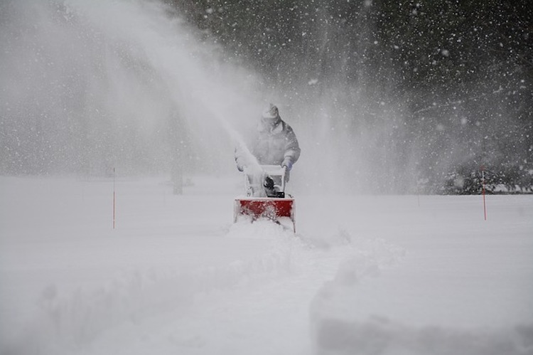 Best Snow Blower 2020.Top 10 Best Snow Throwers Reviewed In 2020 Happy Body Formula