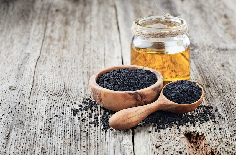 Black Seed Oil: What Is It? (Plus 12 Health Benefits