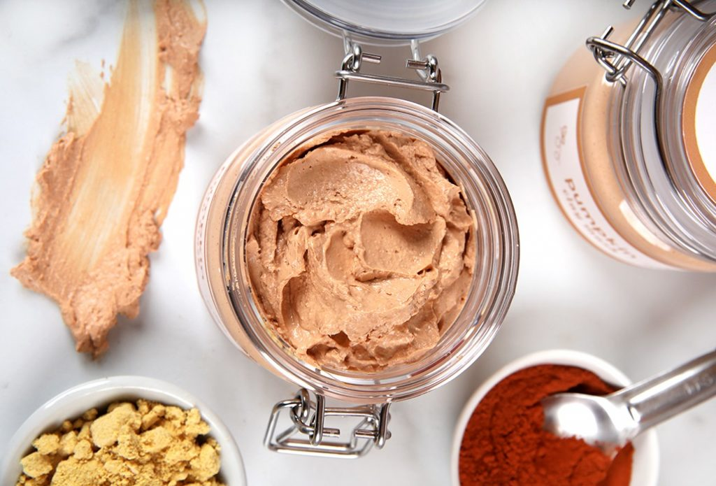 PUMPKIN AND CLAY FACE MASK