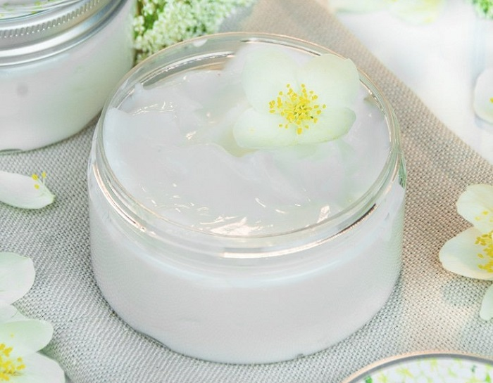 NOURISHING FOOT BALM