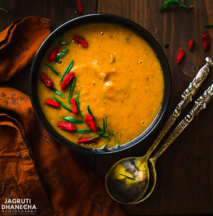 GOJI BERRIES, MUSHROOM AND SWEET POTATO SOUP
