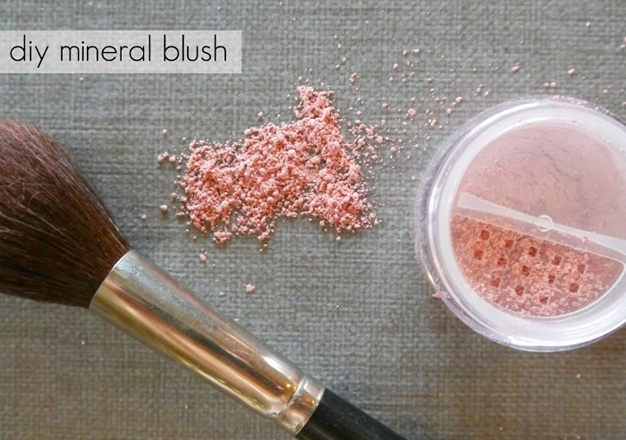 DIY MINERAL BLUSH, BRONZER & SHADOW