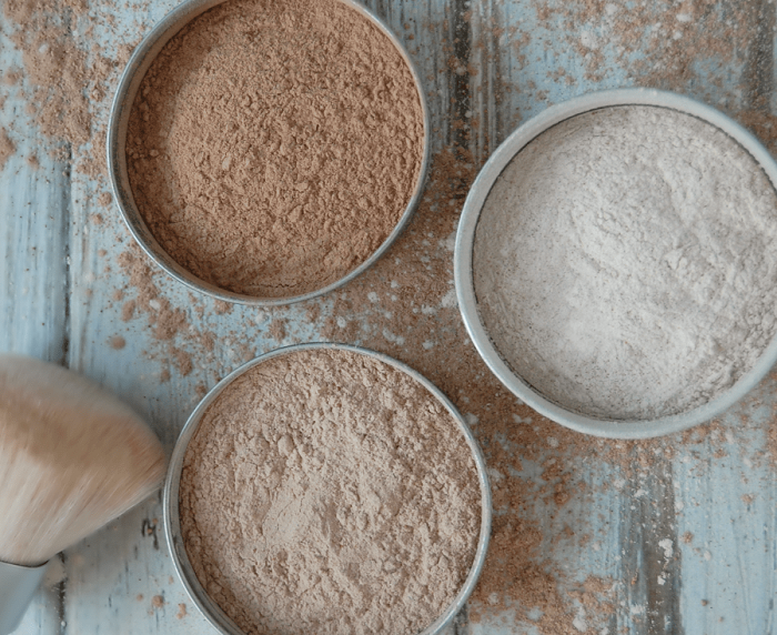 HOMEMADE NATURAL FACE POWDER