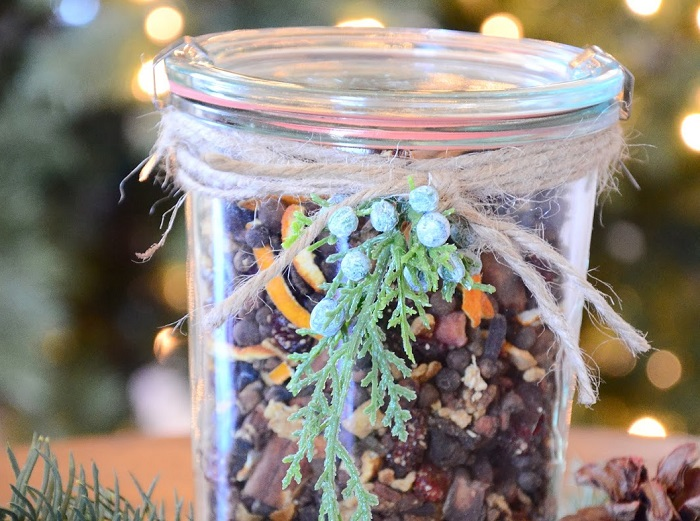CHRISTMAS IS IN THE AIR' SIMMERING POTPOURRI