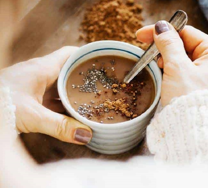 HOT CHOCOLATE WITH CACAO