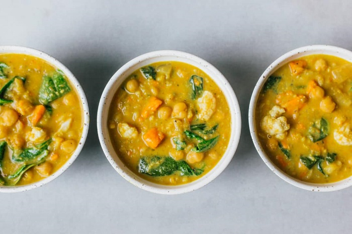 INSTANT POT CHICKPEA WARMING DHAL