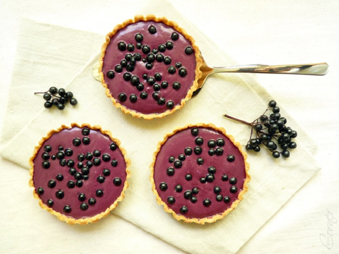 ELDERBERRY TARTELETTES