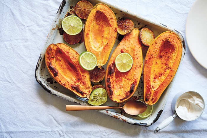 BAKED PAPAYA WITH LIME AND COCONUT