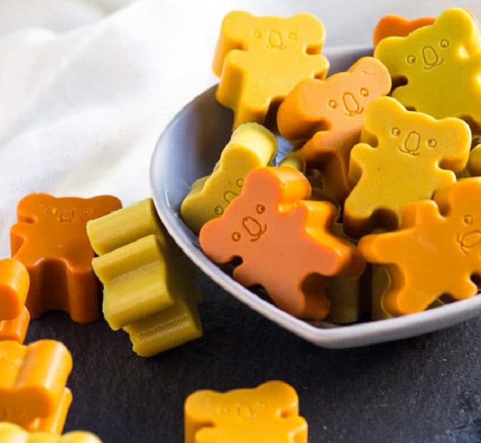 TURMERIC GUMMIES WITH COCONUT & GINGER