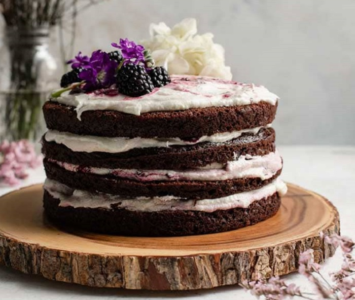 BLACKBERRY LAVENDER CHOCOLATE CAKE