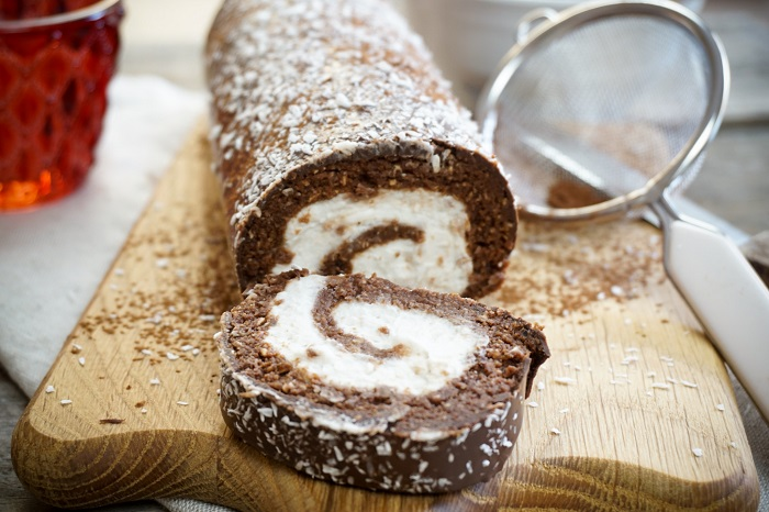 VEGAN CHOCOLATE SWISS ROLL